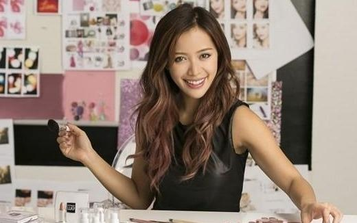Michelle Phan dang tai video moi sau 2 nam tuyen bo giai nghe hinh anh