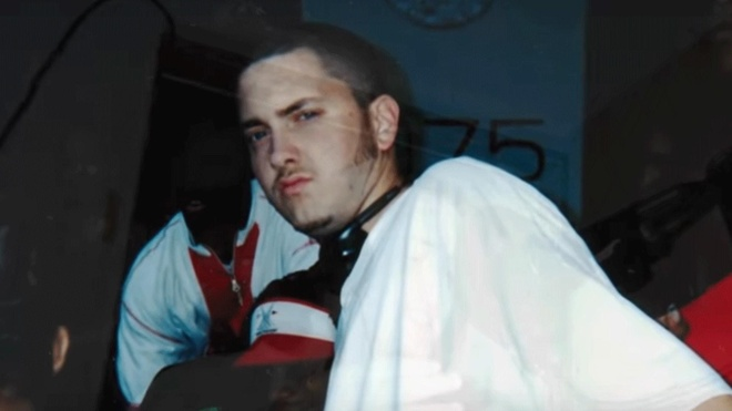 Tuoi tre bi cha bo roi, vo phan boi cua Eminem hinh anh 2