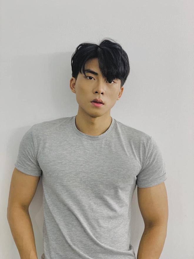 Nam chinh trong MV moi cua Bao Anh tung bi to xuc pham cong dong LGBT hinh anh 7
