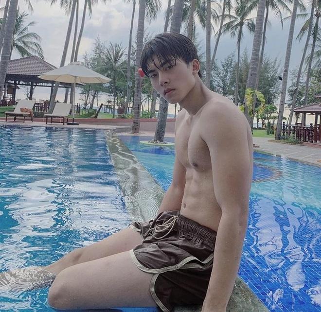 Nam chinh trong MV moi cua Bao Anh tung bi to xuc pham cong dong LGBT hinh anh 8