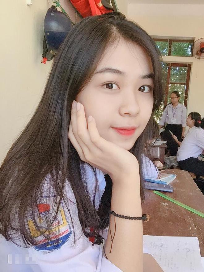 Vo Que Ngoc Hai co em gai xinh xan, nang dong khong kem chi hinh anh 9