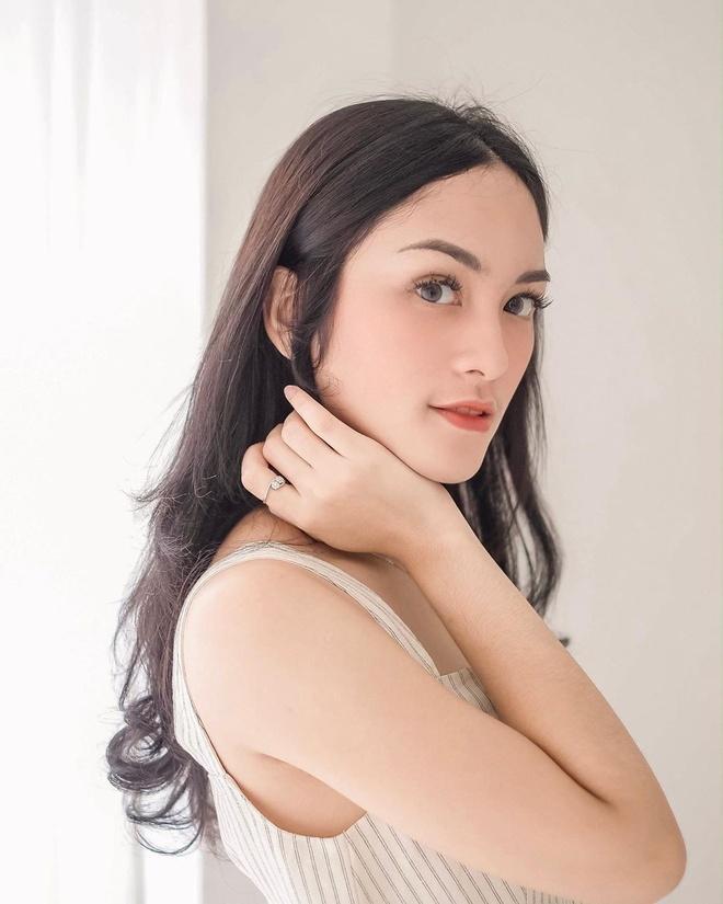 Dan hot girl Indonesia co cuoc song sang chanh, yeu thieu gia tai gioi hinh anh 10