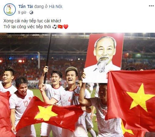 Sau SEA Games, Van Hau gui HCV cho bo me, Hung Dung tang lai con trai hinh anh 7 2.JPG