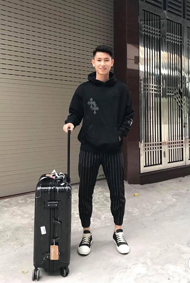 Sau SEA Games, Van Hau gui HCV cho bo me, Hung Dung tang lai con trai hinh anh 6 79192237_1893695527443527_4879161587891437568_o.jpg
