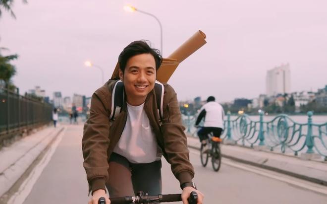 Vlogger 'He Always Smiles' tro lai sau nhieu nam roi bo YouTube hinh anh 1 Untitled.jpg