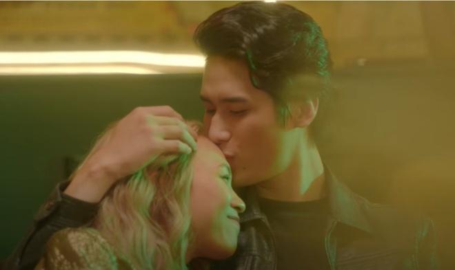 Nam chinh trong MV My Tam anh 1