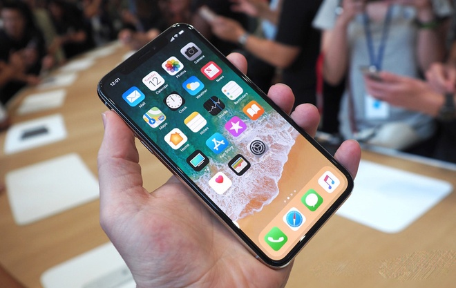 iPhone X giup Apple lai ky luc hinh anh 1