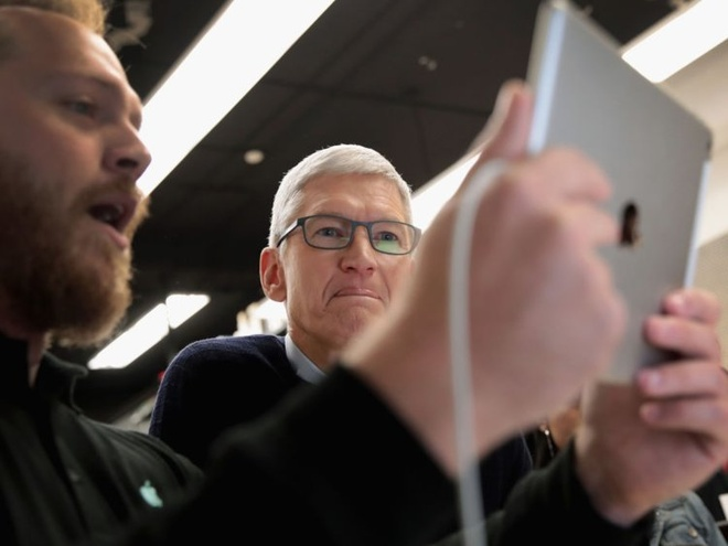 Cuoc song gian di cua CEO Tim Cook hinh anh 3