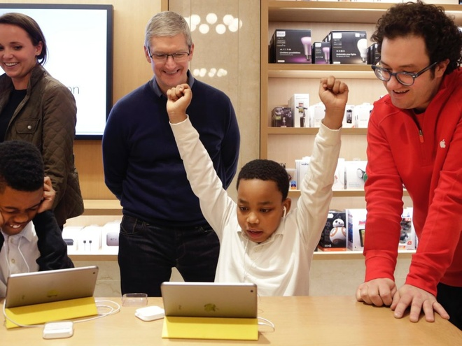 Cuoc song gian di cua CEO Tim Cook hinh anh 7
