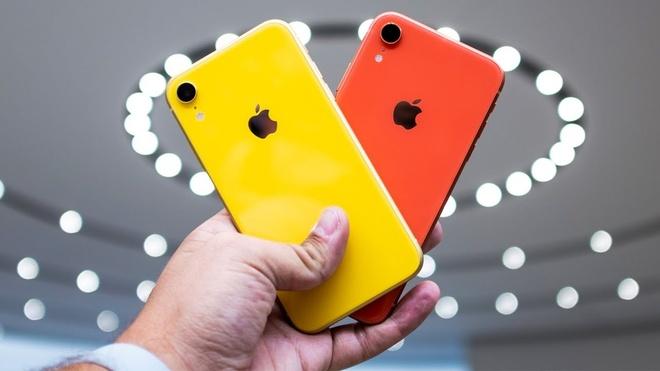Quen XS di, XR moi cho thay quyen luc cua iPhone hinh anh