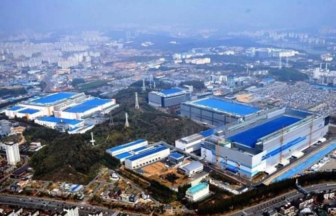 Samsung se xay dung nha may san xuat smartphone thu 3 tai Viet Nam? hinh anh 2