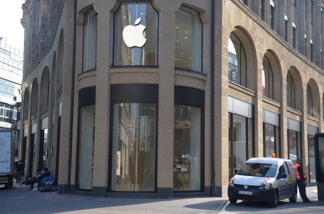 Apple nhuong bo Qualcomm de duoc ban iPhone tro lai hinh anh 1