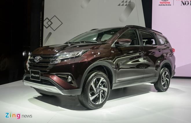 Xe 7 cho gia re - Mitsubishi lan at Toyota trong 6 thang dau nam hinh anh 3