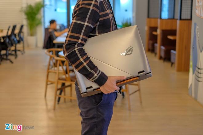 Chi tiet Asus ROG G703 - laptop game 'be bu' gia 120 trieu hinh anh 14