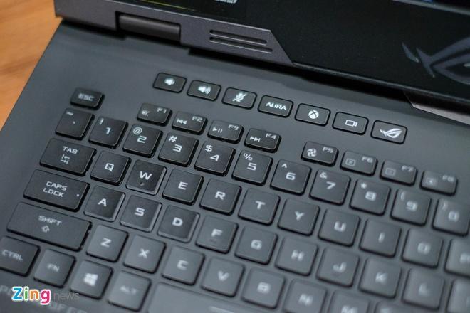 Chi tiet Asus ROG G703 - laptop game 'be bu' gia 120 trieu hinh anh 5
