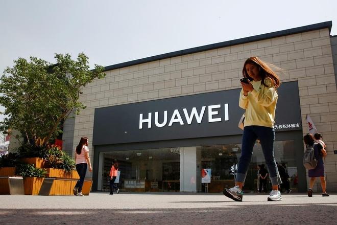Nhan vien Intel, Qualcomm bi cam tiep xuc voi dong nghiep Huawei hinh anh 1