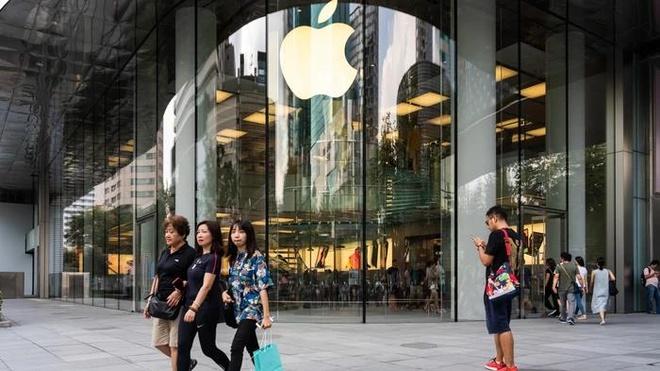 Apple sẽ bán iPhone mới trong ngày nhân viên các  hãng đối thủ đình công. Ảnh: Getty Images.