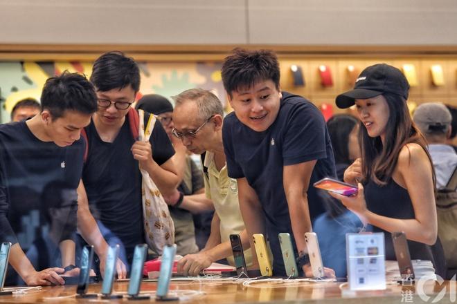 Hong Kong khong con ban iPhone nhu rau le duong hinh anh 6