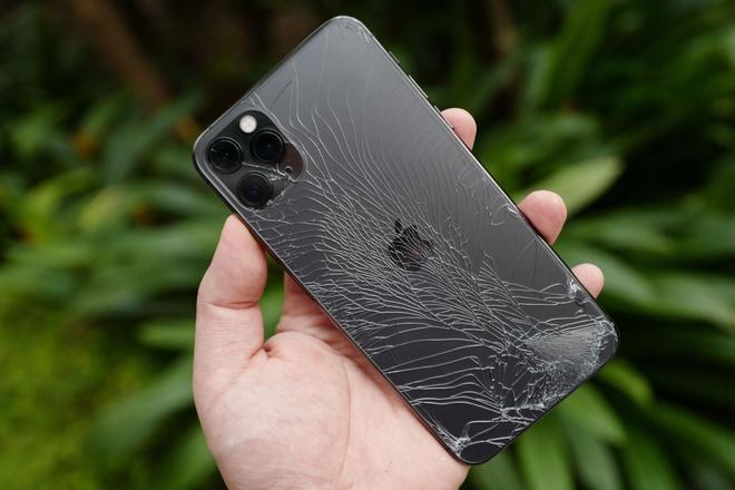 thay vỏ iphone 11 pro max lấy ngay tại tphcm