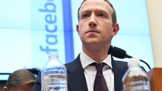 Facebook bat dau kiem soat quyen luc cua Mark Zuckerberg hinh anh 1 Mark_Zuckerberg_congress_2019_reuters.jpg