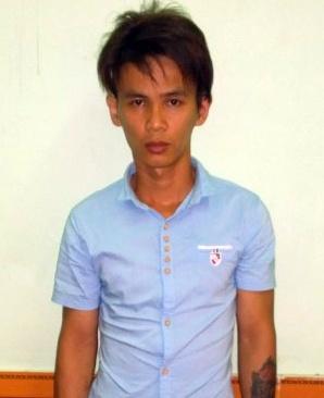 Thanh nien 24 tuoi di cuop dien thoai de lay tien cuoi vo hinh anh 1