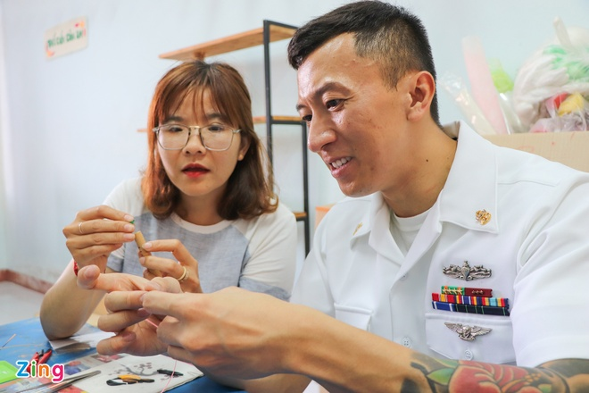 Thuy thu tau san bay My: 'Toi hanh phuc khi duoc quay lai Viet Nam' hinh anh 1 1_zing_3_.jpg
