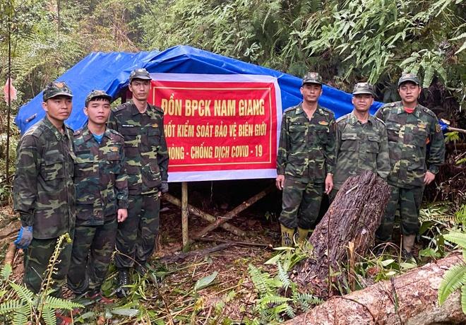 Quang Nam lap 15 chot kiem soat dich sat bien gioi hinh anh 1 bienphongqn.jpg