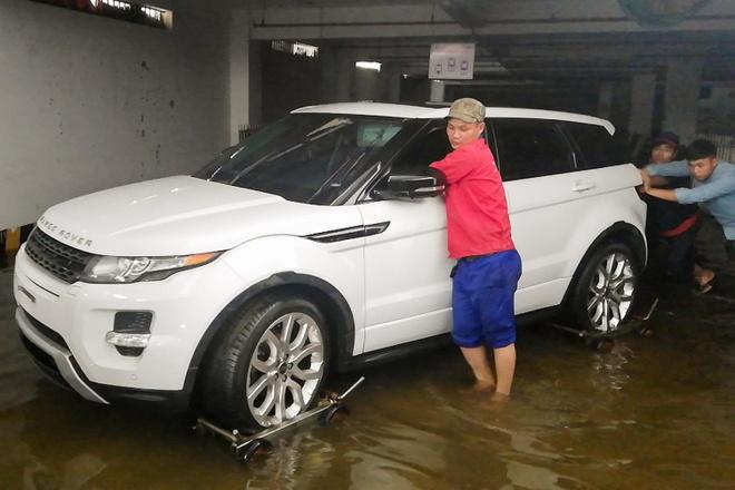 BMW, Range Rover duoc cuu khoi ham chung cu Hoang Anh Gia Lai hinh anh