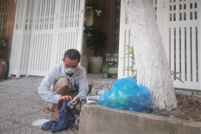 Vo ong Nguyen Huu Linh gui don to cao len cong an hinh anh 2