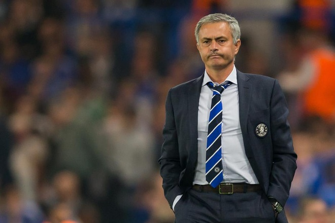 Mourinho dung truoc nguy co bi cac cau thu Chelsea lat do hinh anh 1