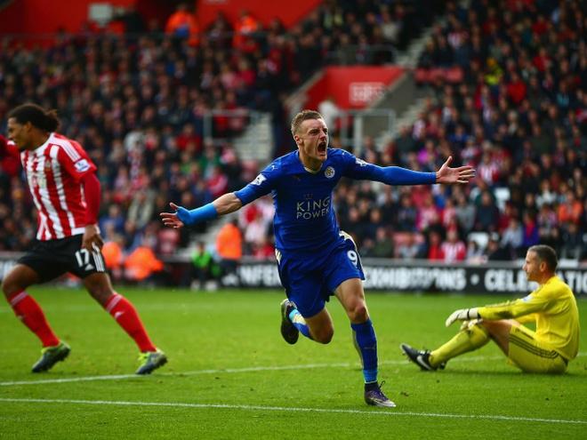 Herrera vang bong o doi hinh tieu bieu vong 9 Premier League hinh anh 11 Tiền đạo - Jamie Vardy (Leicester): Mùa này, Vardy đang nổi lên như một hiện tượng khi dẫn đầu danh sách vua phá lưới với 9 bàn thắng. Khi Leicester bị Southampton dẫn trước với tỉ số 2-0, Vardy tiếp tục xuất hiện như một
