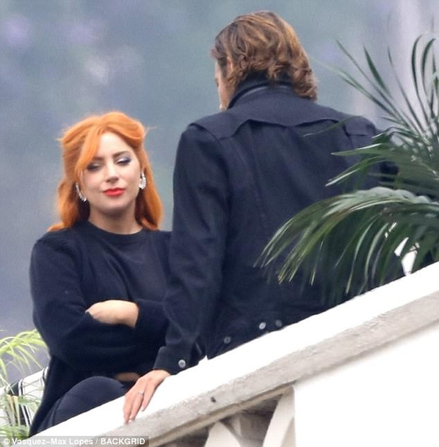 Lady Gaga la lam voi mau toc cam trong phim moi hinh anh 1