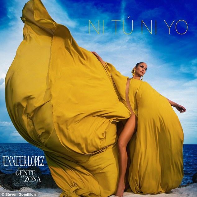 Jennifer Lopez dien trang phuc hang hieu tren bia single moi hinh anh 1