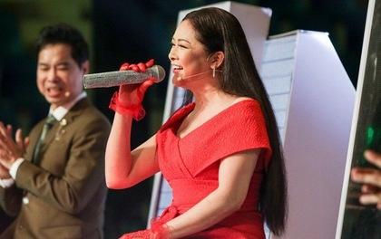 Nhu Quynh va Quang Le tranh gianh thi sinh mang 2 dong mau Viet - An hinh anh