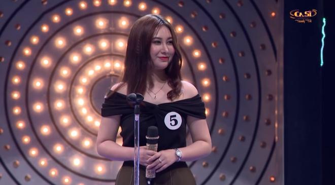 'Hot girl show hen ho' pha hit cua Bao Anh voi giong hat tham hoa hinh anh