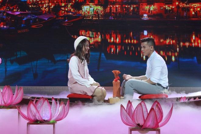 HLV the hinh to tinh thanh cong voi hot girl series 'Phim cap 3' hinh anh 1