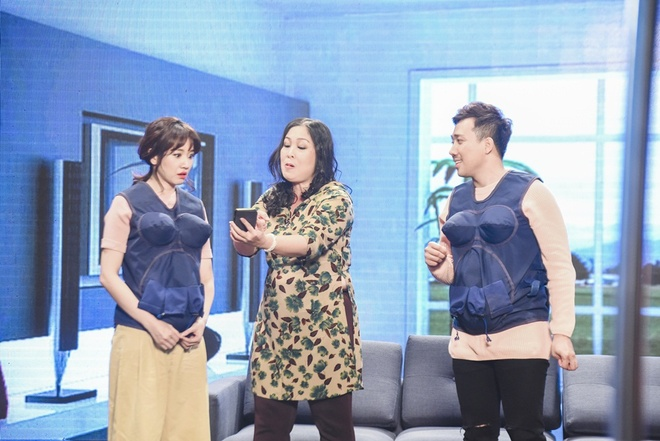 Hari Won khoc va goi Tran Thanh la 'may' tren game show hinh anh 1