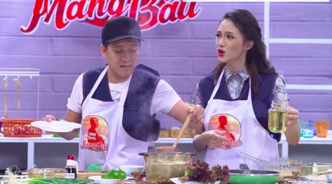 Huong Giang Idol buc xuc vi bi Truong Giang phot lo, chi mai nau an hinh anh