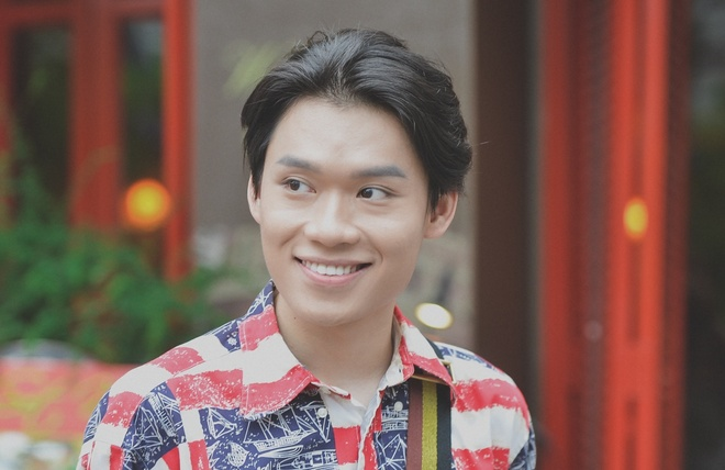 'Thay giao mua' Quang Trung: Se gia gai neu vai dien van minh hinh anh