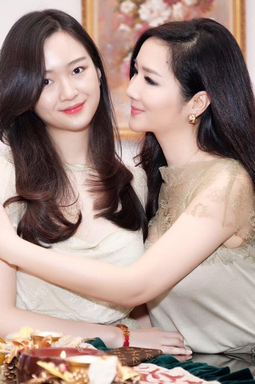 Con gai cang lon cang xinh cua nhung ba me noi tieng showbiz Viet hinh anh 3