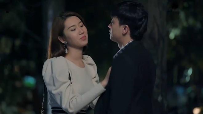 'Gao nep': Han bi chi hai phat hien ngoai tinh, bo ba chong te vo dau hinh anh