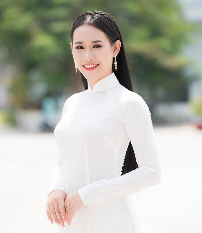 10 ung vien mien Nam sang gia cho ngoi vi hoa khoi sinh vien 2018 hinh anh 5