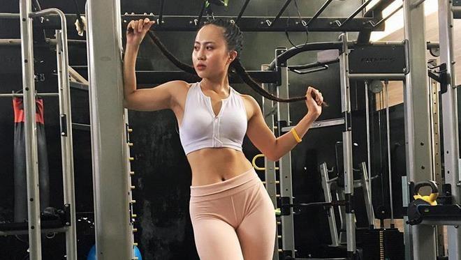 hot girl phong gym anh 10
