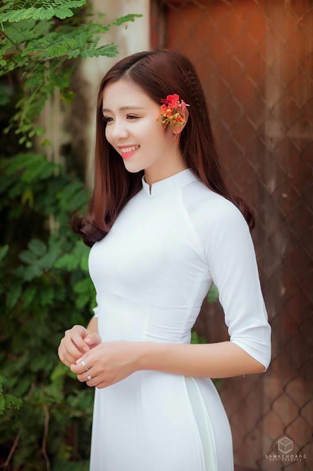 hot girl ngu gat len bao Han anh 4