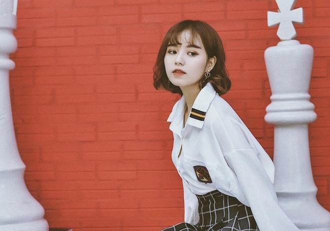 Dan mau lookbook: Nguoi giong Ha Vi, ke la Kim So Hyun phien ban Viet hinh anh 7