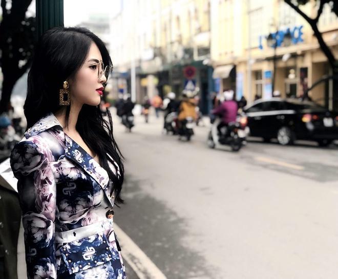 Tieu thu nha giau Claret Giang Le khoe hanh phuc ben ban trai hot boy hinh anh 5
