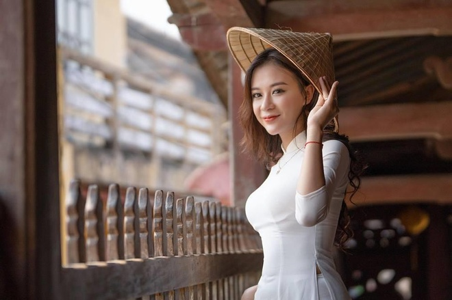 Nu sinh DH Thuong mai duoc dan mang vi nhan sac nhu mot 'nang tho' hinh anh 9