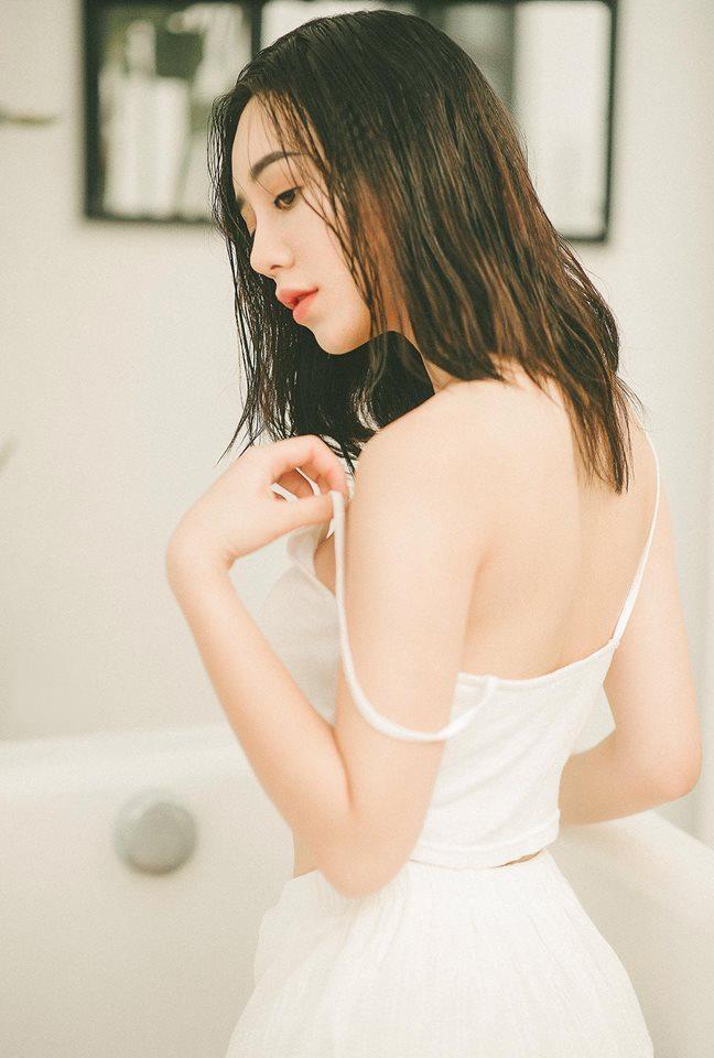 Hai hot girl bong bi 'nem da' vi vai dien ke thu ba tren phim hinh anh 5