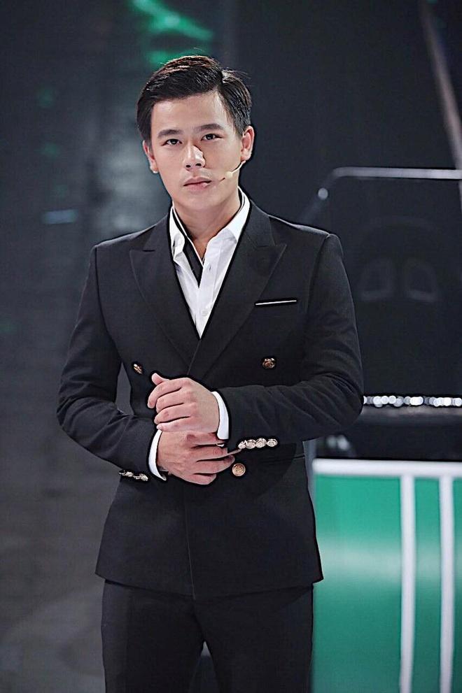 Hoa hau Tuong Linh va dan nguoi dep bi 'nem da' tai 'Nguoi ay la ai' hinh anh 3