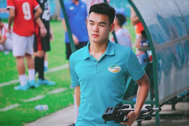 'Em trai Truong Hip' va dan 'visual' the he moi cua U18 Viet Nam hinh anh 1